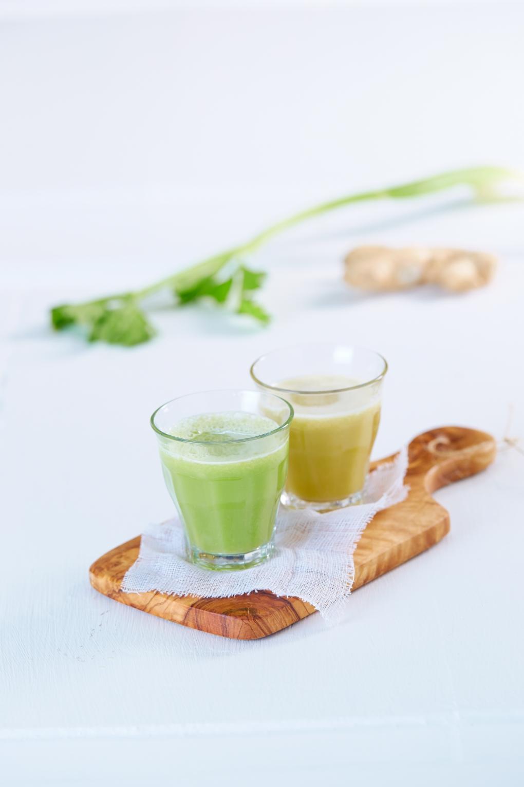 1-Ingefaer og elektrolytt shot-eple,ingefaer,selleri,agurk