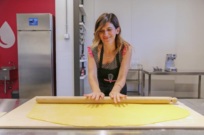 IMG_1257 valeria rolling dough-2